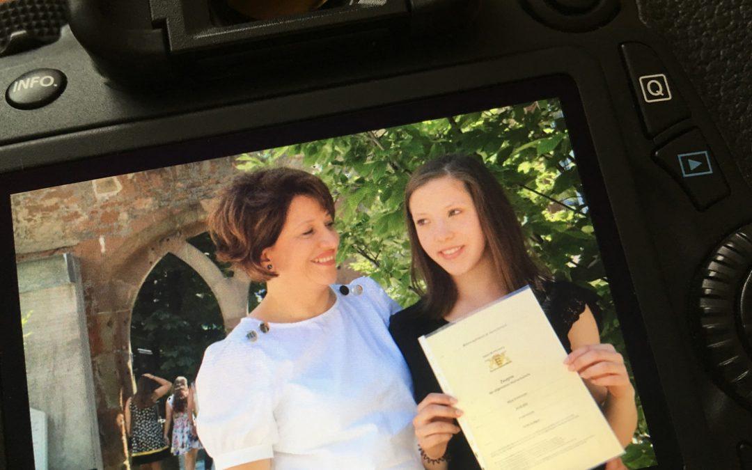 Alicia´s Abitur - Frau Grafica